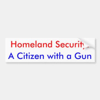 Seguridad de patria: Un ciudadano con un arma Etiqueta De Parachoque