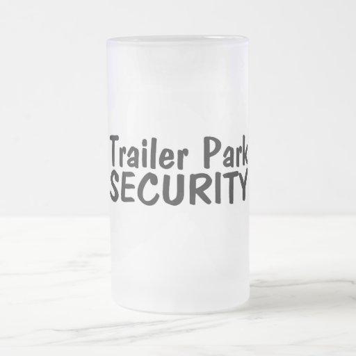 Seguridad del parque de caravanas tazas