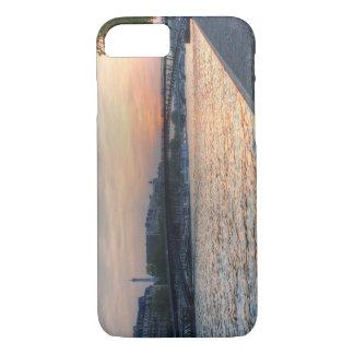 Seine sunset iPhone 7 case