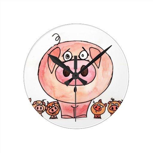 Seis pequeños cerdos reloj redondo mediano