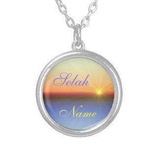 Selah personalizó el collar