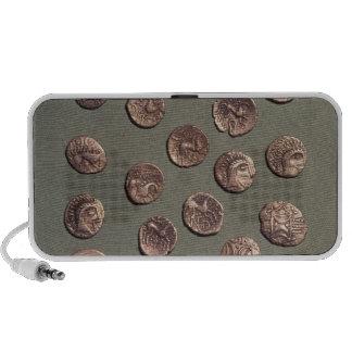 Selección céltica y monedas romanas encontradas PC altavoces