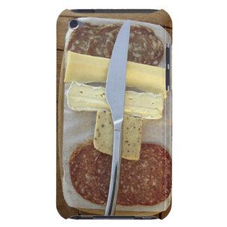 Selección de quesos gastrónomos y de carnes cortad iPod touch Case-Mate cárcasas