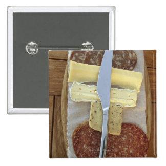 Selección de quesos gastrónomos y de carnes cortad pin