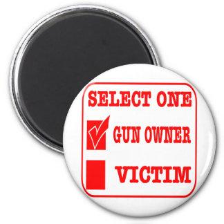 Seleccione una dueño o víctima de arma iman de frigorífico