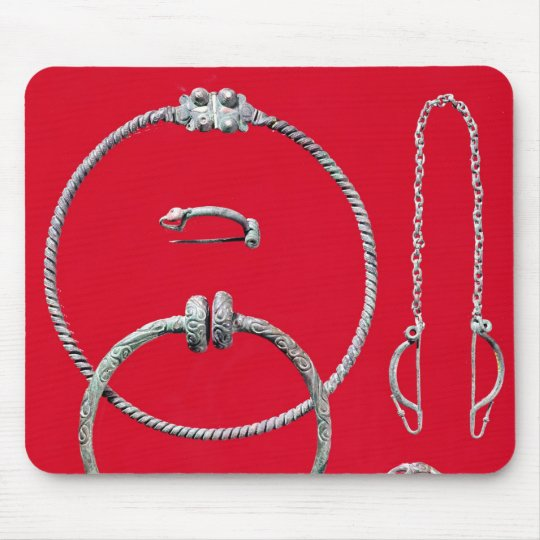 Selection jewellery, including brooch mouse pad