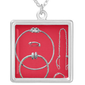 Selection jewellery, including brooch square pendant necklace
