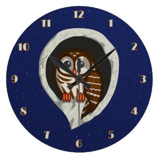 Selene the Owl Clock