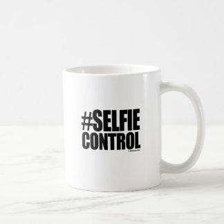 SELFIE CONTROL CLASSIC WHITE COFFEE MUG