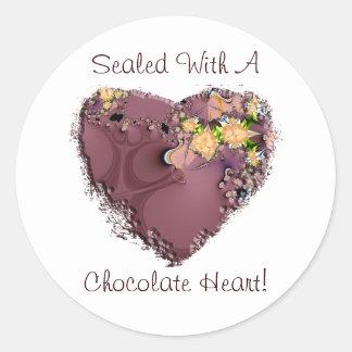 ¡Sellado con un corazón del chocolate! Etiqueta Redonda