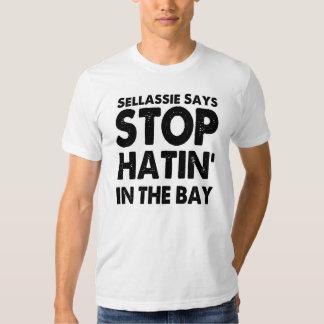 Sellassie dice la parada Hatin en la bahía Playeras