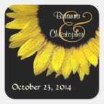 Sello amarillo del sobre del boda del girasol calcomanía cuadradas personalizada