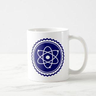 Sello azul esencial del modelo atómico taza clásica