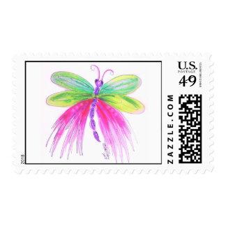 Sello caprichoso, colorido de la libélula