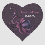 Sello color de rosa romántico oscuro del boda pegatinas de corazon personalizadas
