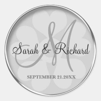 Sello con monograma personalizado plata del boda pegatina redonda