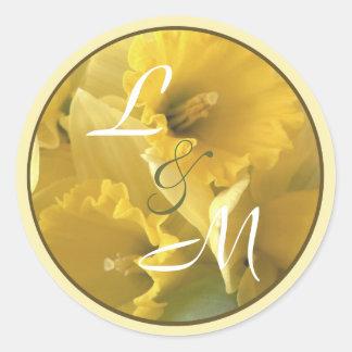 sello daffodile del sobre de la invitación pegatina redonda