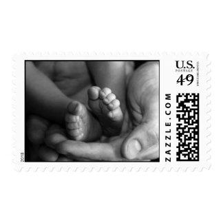 Sello de la foto de BW de los pies del bebé