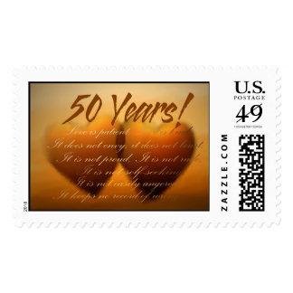 Sello de oro del corazón del aniversario de 50