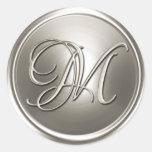 Sello de plata del sobre del monograma M Etiquetas Redondas
