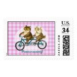 Sello de Postcrossing de los búhos de la bicicleta