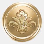 Sello del sobre de la flor de lis del oro pegatinas redondas