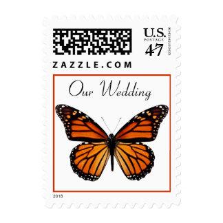 Sello elegante del boda de la mariposa de monarca