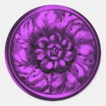 Sello grabado en relieve Barroco púrpura de la Pegatina Redonda