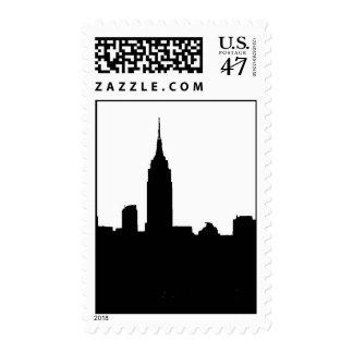 Sello negro y blanco de la silueta de Nueva York