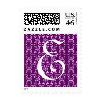 Sello púrpura de la letra E del monograma