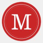 Sello rojo clásico del sobre del monograma pegatina redonda