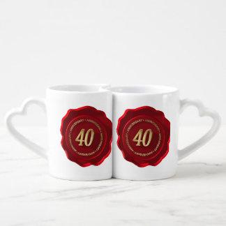 sello rojo de la cera del 40.o aniversario tazas para parejas