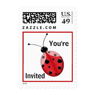 Sello rojo y negro de la invitación de la mariquit