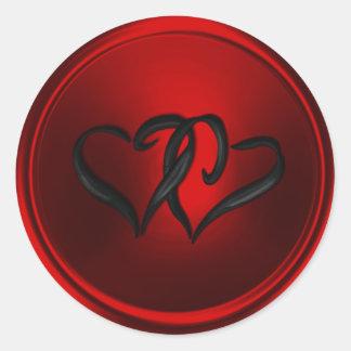 Sello rojo y negro del sobre de los corazones pegatina redonda
