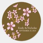 Sello rosado de la invitación del boda de la flor  etiquetas redondas