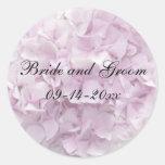 Sello rosado suave del sobre del boda del Hydrange Pegatina Redonda