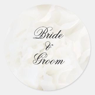 Sellos blancos del sobre del boda de la flor del pegatina redonda