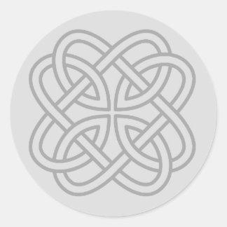 Sellos célticos irlandeses grises claros del sobre etiquetas redondas