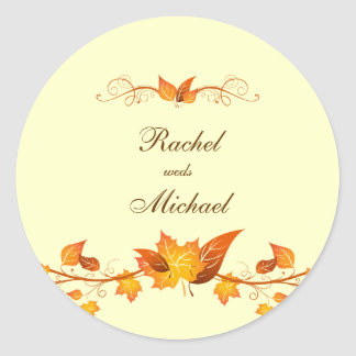 Sellos del sobre del boda del follaje del otoño pegatina redonda