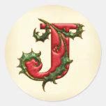 Sellos del sobre del monograma J del acebo del Pegatinas Redondas
