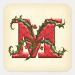 Sellos del sobre del monograma M del acebo del Pegatinas Cuadradas