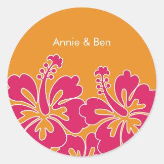 Sellos dulces del sobre del boda del hibisco etiqueta redonda