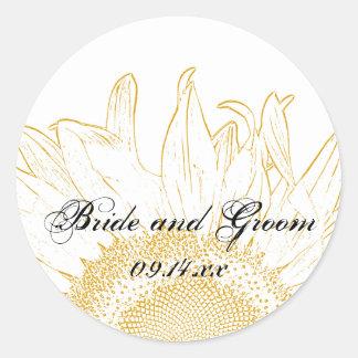 Sellos gráficos del sobre del boda del girasol pegatina redonda