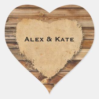 Sellos hechos andrajos madera rústica del favor pegatina en forma de corazón