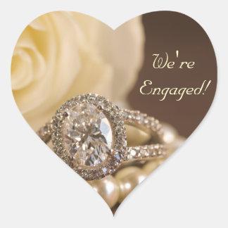 Sellos ovales del sobre del compromiso del anillo pegatina en forma de corazón