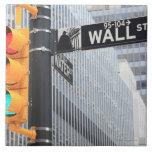 Semáforo y muestra de Wall Street Azulejo Cuadrado Grande