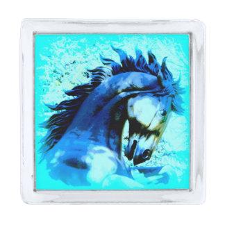 semental azul del mustango insignia plateada