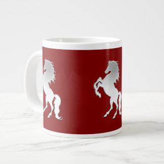 Semental de plata en rojo taza grande