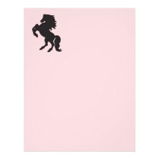 Semental negro en rosa plantilla de membrete