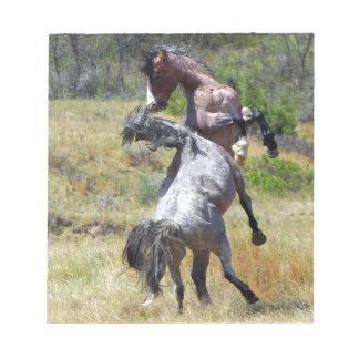 Sementales salvajes que luchan a Theodore Roosevel Libreta Para Notas